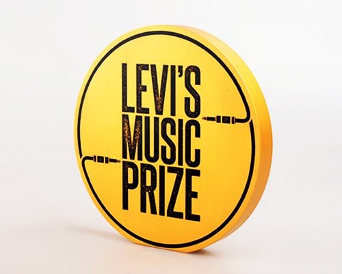 Levi's bespoke award and box by Etchcraft